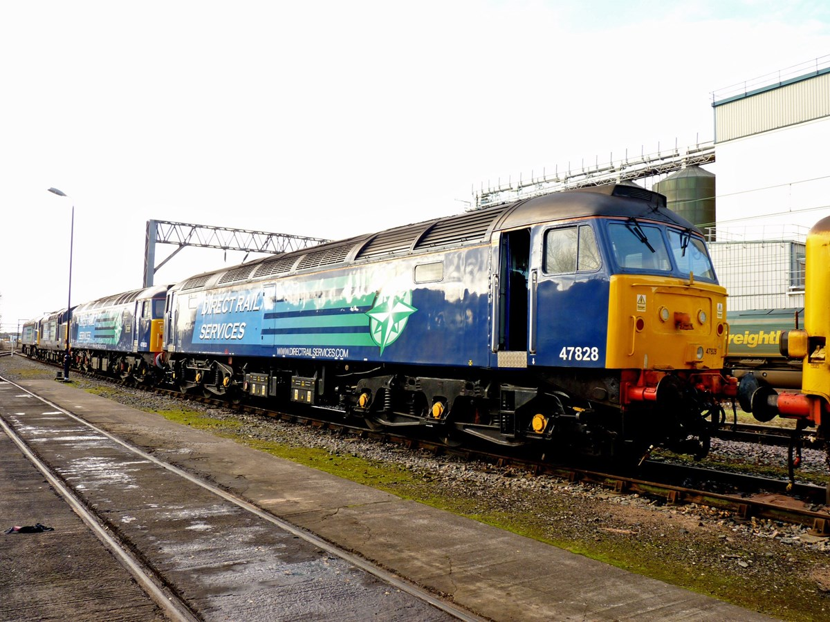 Direct Rail Services 47828 at Crewe Gresty Bridge on November 23 2012. RICHARD CLINNICK.