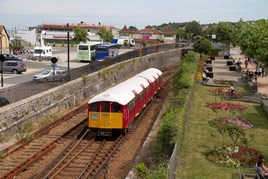 483008 works the 1418 Shanklin-Ryde Pier Head The for London Underground train is approaching Ryde Esplanade on August 11. KEVIN PAYNE.