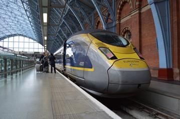 Eurostar 374020 at St Pancras International on June 3. RICHARD CLINNICK.