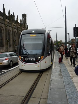 Tram 275 at York Place on June 5 2014. RICHARD CLINNICK.