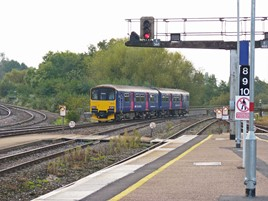 FGW 150106 heads for Paignton from Exeter St Davids.
