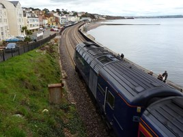 FGW 43132 heads for Dawlish on April 4 2014. RICHARD CLINNICK.