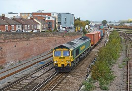 Freightliner 66558 at Eastleigh on October 16 2014. RICHARD CLINNICK.
