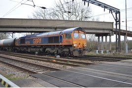 GBRf 66735 approaches Norwich Crown Point on January 21. RICHARD CLINNICK.