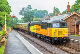Colas 56302 enters Crowcombe on June 11. GLEN BATTEN.