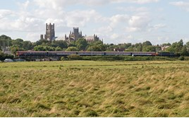 ROG 47812 hauls off-lease 442422 past Ely on August 3. PETER FOSTER.