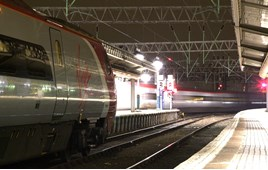 Pendolinos at Manchester Piccadilly. CARL CHAMBERS.