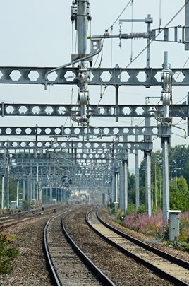 Looking towards London at Didcot Parkway on August 18. PAUL BIGLAND/RAIL.